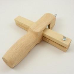 Инструмент за рязане на ленти, колани, каишки от кожа